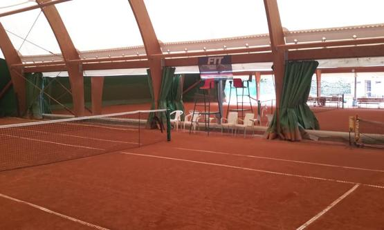 MC Tennis Team