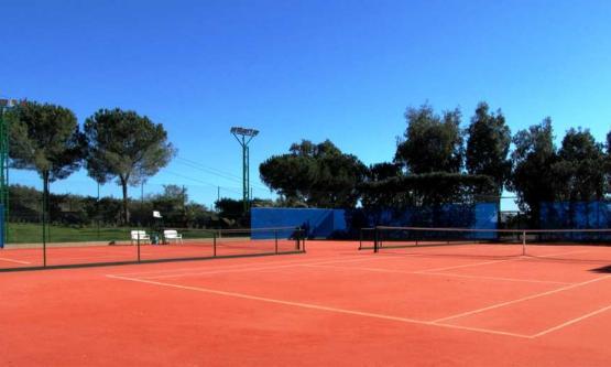 Leonardo Tennis Academy