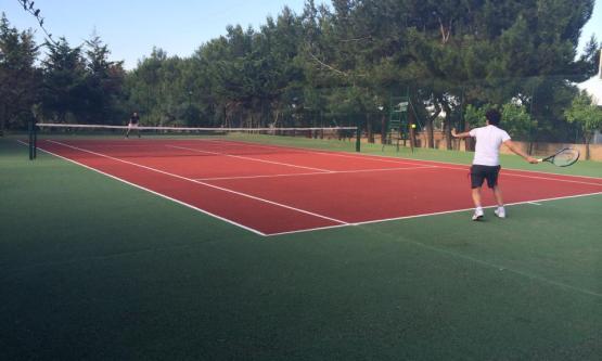 Campi Tennis presso Villa Lara