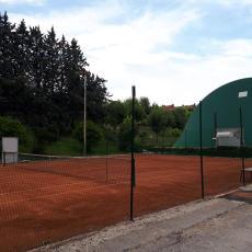 F.I.T - torneo di carnevale sing. 3 4 cat  M / F   A.S. D. tennis agugliano - sirolo numana 071 908404   339 1434833